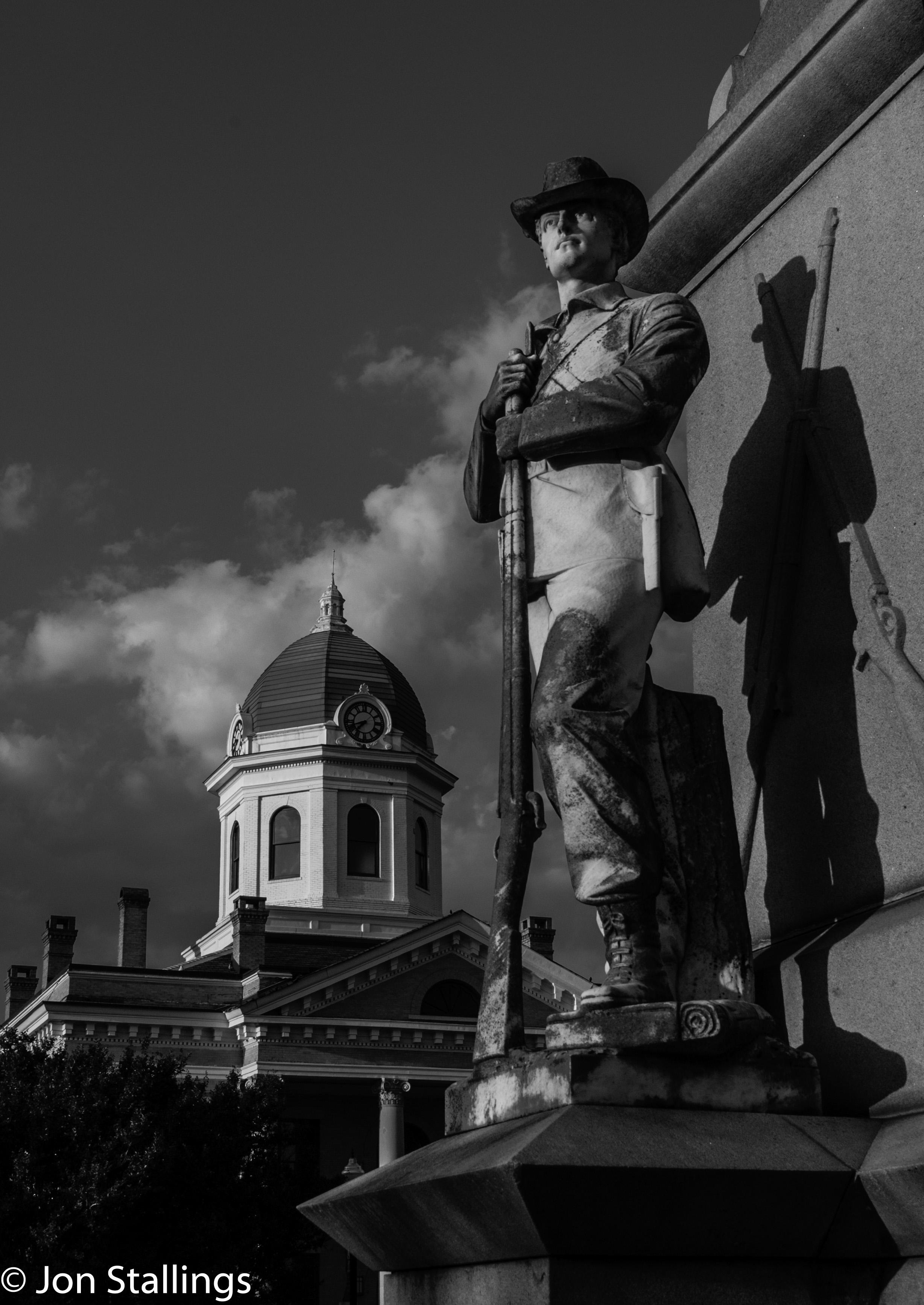 Monticello Memorial
